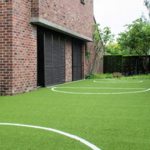 Play-artificial-grass-installation