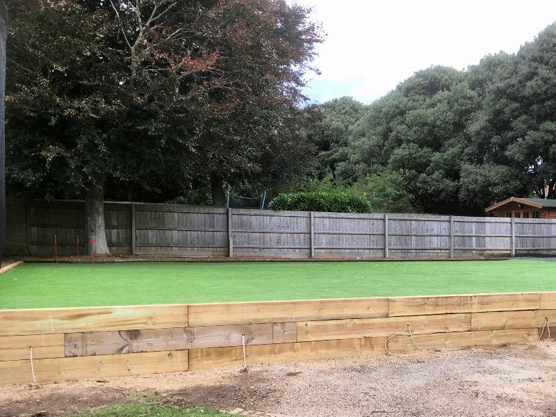 Family-Sports-Golf-Lawn