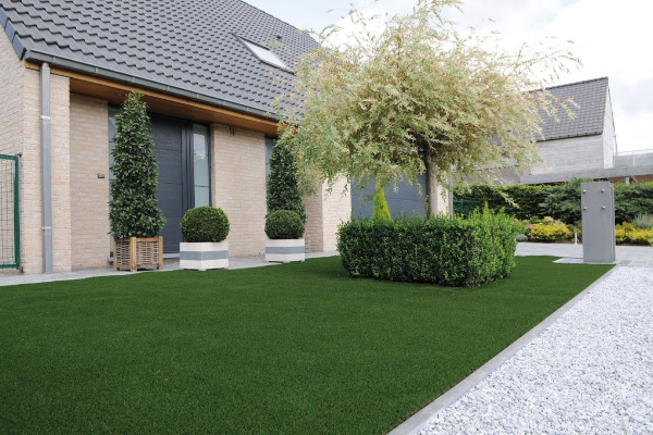 This entry level product really is great value! Whitby is ideal to use on all landscaping areas.